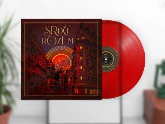 Album skupiny IMT Smile SRDCE ROZUM BOULEVARD vychádza na LPako red clear vinyl.