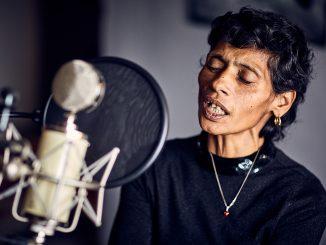GIĽAV II. – hudba, ktorú si spievajú Rómovia domapokračuje novým vydaním.