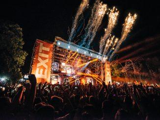 EXIT festival má kompletný line-up, vpredaji sú už aj jednodňové lístky. Ponúkame vám 8 tipov prečo navštíviť najväčší festival na Balkáne.