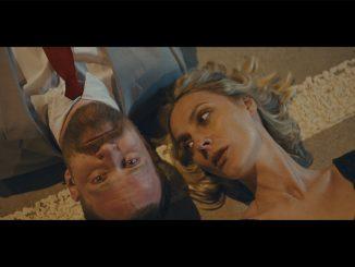 Barbora Poláková nahrala titulnú pieseň k filmu 13 MINUT.Réžie videoklipu Jediná vteřina sa ujala spolu s Vítom Klusákom.