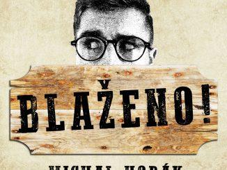 Michal Horák zhudobnil skutočný dedinský príbeh.Vklipe Blaženo! hrá sám so sebou.