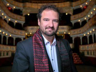 So šéfdirigentom Petrom Valentovičom onových premiérach vkošickej opere.