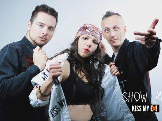 Skupina Kiss My Ex! oslavuje radosť zo života apozitívnu energiu