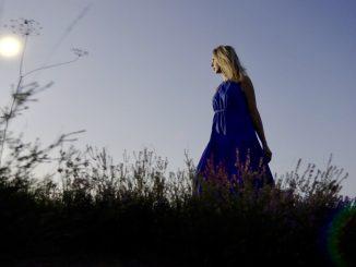 Nový album Miriam Kaiser prináša pohľad duše ženy ponorenej do myšlienok, ktoré nás presahujú, na viaceré témy, ktoré zaujmú nielen nežnú časť publika.